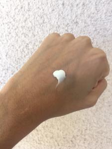 foxbrim-vitamin-c-lotion-spread-test