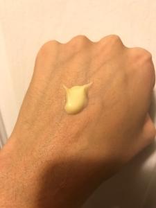 acne-org-aha-on-skin
